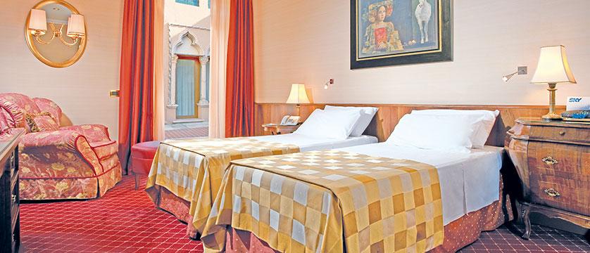 Hotel Accademia, Verona, Italy - superior bedroom.jpg